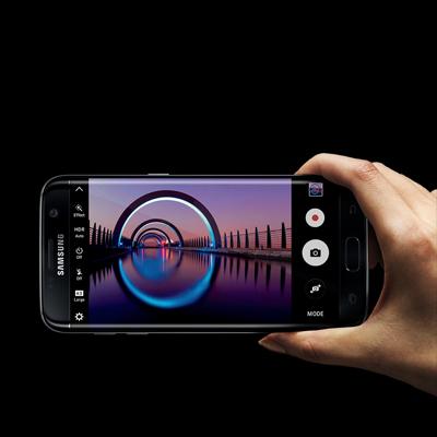 Přijďte na workshop natáčení a fotografování mobilním telefonem