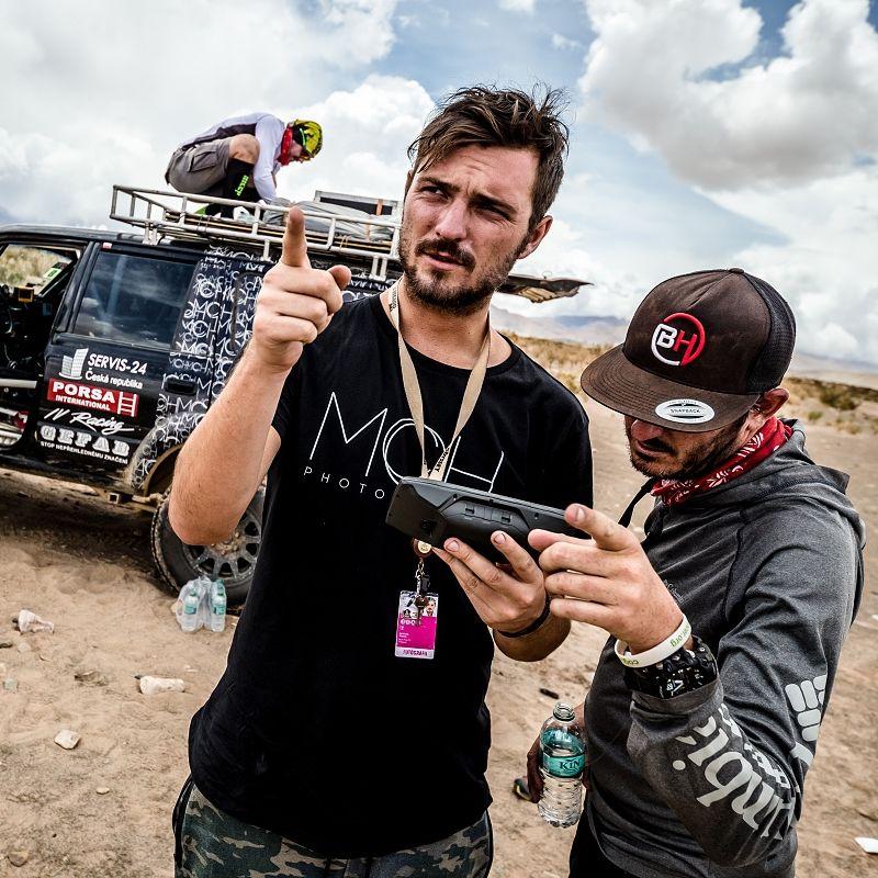 Jak se fotí Rallye Dakar - rozhovor s Marianem Chytkou