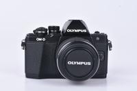 Olympus OM-D E-M10 Mark II + 14-42 mm II R bazar