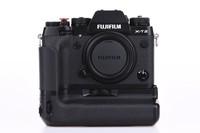 Fujifilm X-T2 tělo + Fujifilm Vertical Grip VPB-XT2 bazar