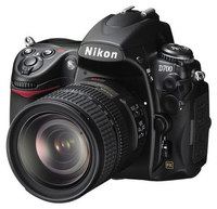 Nikon D700 + 28-300 mm VR