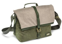National Geographic Rain Forrest Madium Messenger 2450