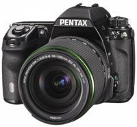 Pentax K-5 II + 18-135 mm WR