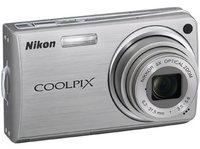 Nikon CoolPix S550 stříbrný + SD 2GB karta