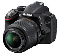 Nikon D3200 + 18-55 mm VR + 16GB Ultra + brašna Nikon + filtr UV 52mm!