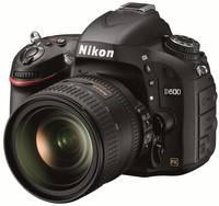 Nikon D600 + 24-85 mm VR