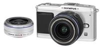 Olympus E-P1 stříbrný + 14-42 mm + 17 mm Pancake