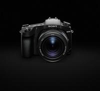 Sony představuje novinku RX10 IV