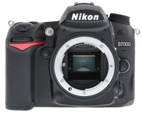 Nikon D7000 + Tamron 17-50 mm F/2,8 XR Di II VC!