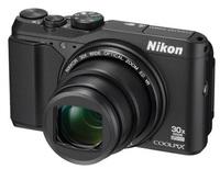 Nikon Coolpix S9900 + 8GB karta zdarma!