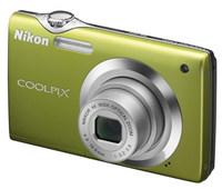 Nikon Coolpix S3000 zelený