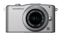 Olympus E-PM1 + 14-42 mm II R stříbrný + 8GB karta + brašna Adria 90 + poutko na ruku!