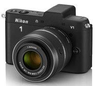 Nikon 1 V1 + 10-30 mm černý + 16GB karta + originální brašna + poutko na ruku!