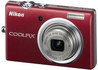 Nikon CoolPix S570 červený