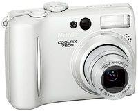 Nikon Coolpix 7900 stříbrný