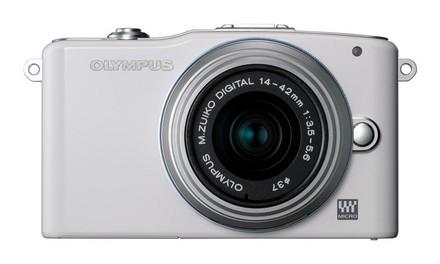 Olympus E-PM1 + 12-50 mm bílý