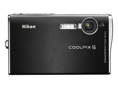 Nikon Coolpix S6 černý