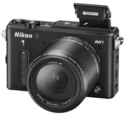 Nikon 1 AW1 + 11-27,5 mm Adventure kit