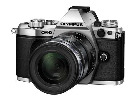 Olympus OM-D E-M5 Mark II + 12-50 mm černý