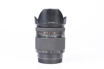 Sony 18-250mm f/3,5-6,3 bazar
