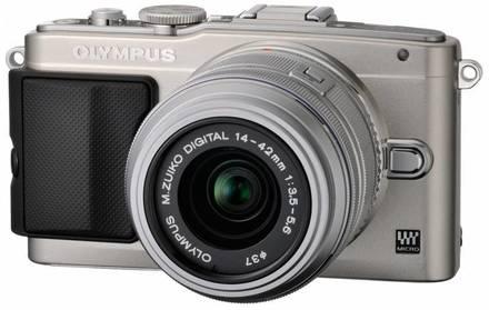 Olympus E-PL5 + 14-42 mm II R + 45 mm stříbrný
