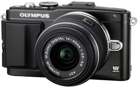 Olympus PEN E-PL5 + 14-42 mm II R černý + 8GB karta + brašna TLZ 10 + poutko na ruku!