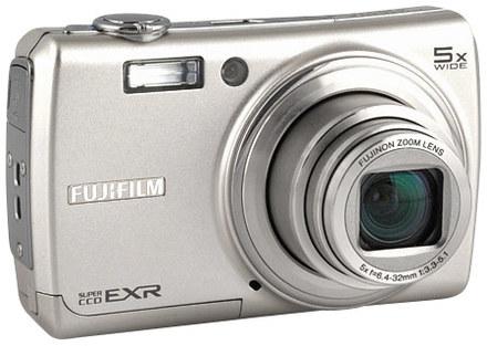 Fuji FinePix F200EXR stříbrný