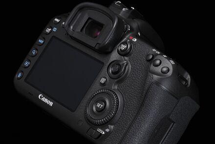 Aktualizace firmwaru fotoaparátu Canon EOS 7D Mark II