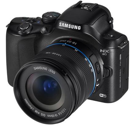 Samsung NX20 + 18-55 mm OIS i-Function