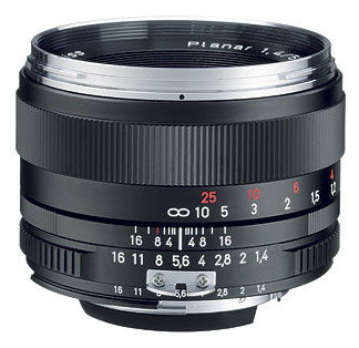 Carl Zeiss Planar T* 50 mm F 1,4 ZS pro Sony