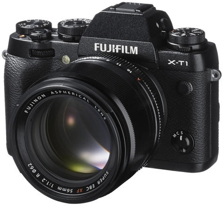 Fujifilm X-T1 tělo černý + 35 mm f/1,4 R