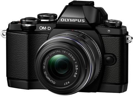 Olympus OM-D E-M10 + 14-42 mm II R + 40-150 mm R stříbrný
