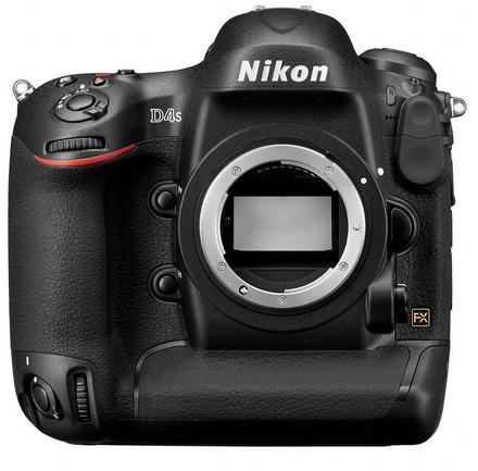 Nikon D4S tělo