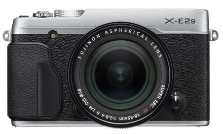 Fujifilm FinePix X-E2s + 18-55 mm stříbrný