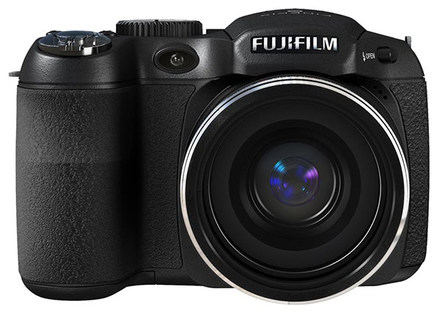 Fuji FinePix S1800