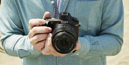 Víkendová akce: Sony CyberShot DSC-RX10 II se slevou 12 000 Kč!