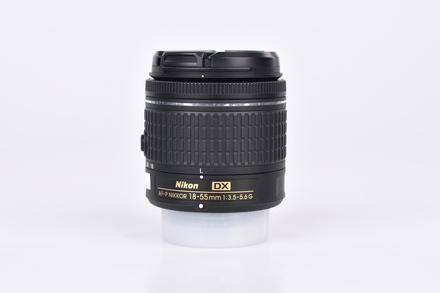 Nikon 18-55mm f/3,5-5,6 G AF-P DX bazar