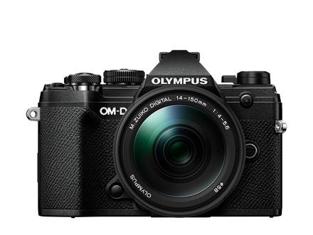 Olympus OM-D E-M5 Mark III + 14-150 mm II