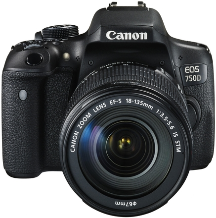 Canon EOS 750D + 18-135 mm IS STM