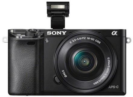 Sony Alpha A6000 + 16-50 mm černý + 16GB Ultra + brašna + pojištění krádež/poškození na 2 roky!