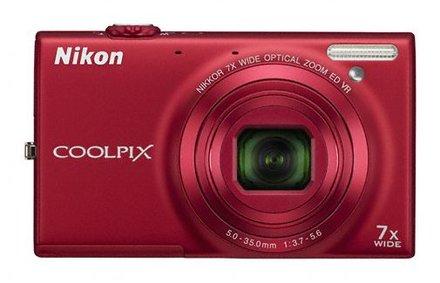 Nikon Coolpix S6150 červený