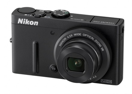 Nikon Coolpix P310 černý + 16GB karta + originální pouzdro P07 + čistící utěrka!