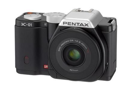 Pentax K-01 + 40 mm XS