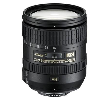 Nikon 16-85mm f/3,5-5,6 G AF-S DX ED VR
