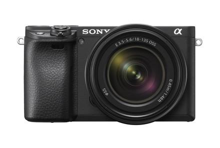 Sony Alpha A6400 + 18-135 mm OSS