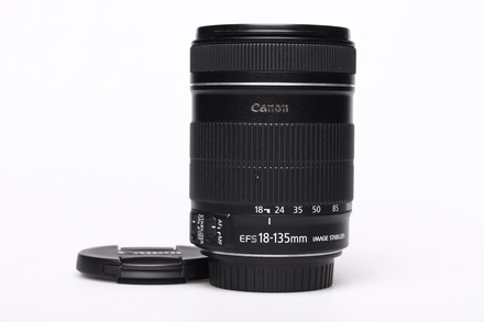 Canon EF-S 18-135 mm F 3,5-5,6 IS bazar