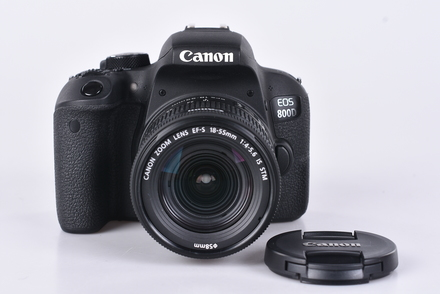 Canon EOS 800D + 18-55 mm IS STM bazar