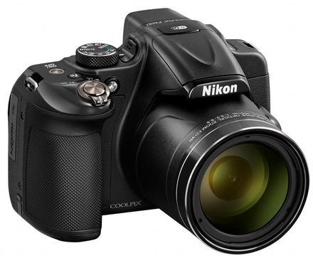Nikon CoolPix P600 černý + 16GB karta + brašna TLZ 20 + adaptér + PL filtr 62mm + poutko na ruku!