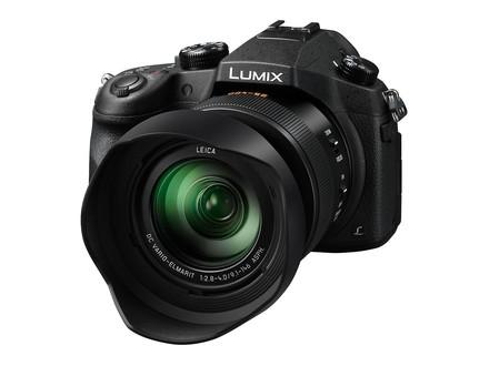 Panasonic Lumix DMC-FZ1000 + 32GB Ultra karta + brašna TLZ 20 + filtr UV+ PL 62mm!
