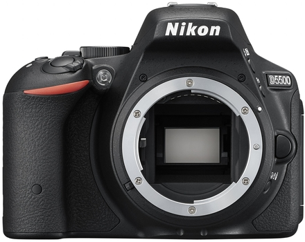 Nikon D5500 tělo černý